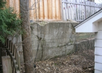 retaining-wall-before-and-after-1-jpg-nxg_versionuidpublished